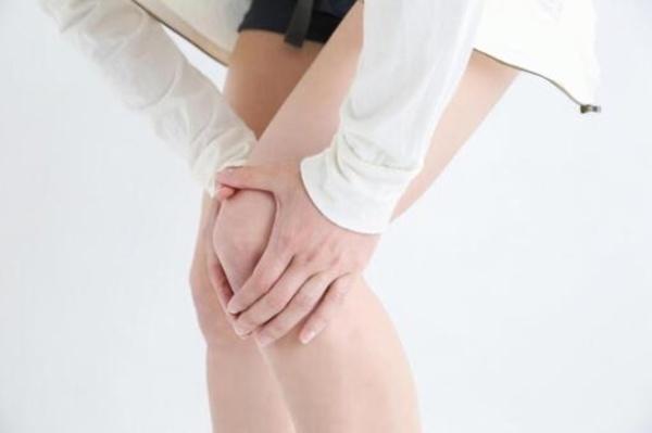 膝が痛い時こそ筋力トレーニングサムネイル